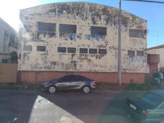 Comerciais - Barracões - Vila Brasil