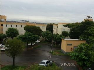 Apartamento · 2 Quartos com armários · 2 Vagas - CJ. HAB. Bandeirantes
