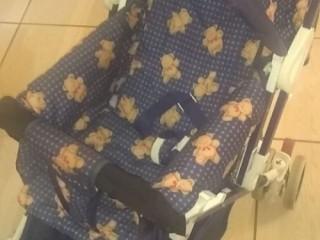 Vendo carrinho de bebe