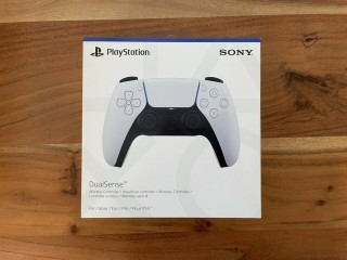 Versão de disco do console Sony PS5 com controlador extra