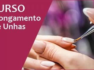 Curso de alongamento de unhas para manicures que queiram aprender mais para seu negócio de sucesso.