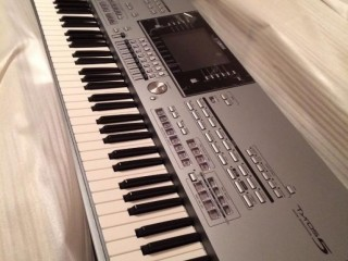 Venda Yamaha Tyros5 teclado