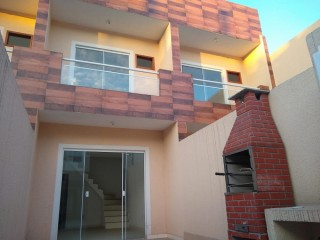 Casa com 02 quartos em São João de Meriti