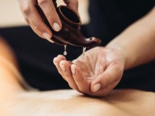 Casa de Massagem Contrata